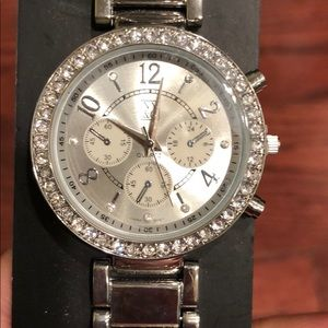 ⭐️B2G1⭐️ New York & company watch - silver - new